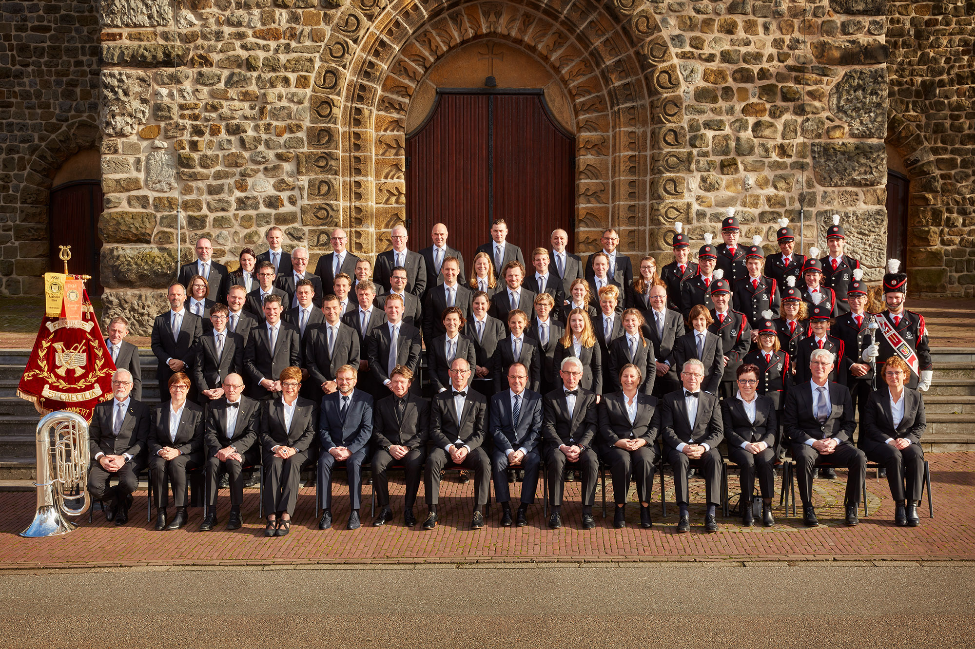 SPUISERS groepsfoto fanfare Sint Caecilia Schimmert 19 nov 2017