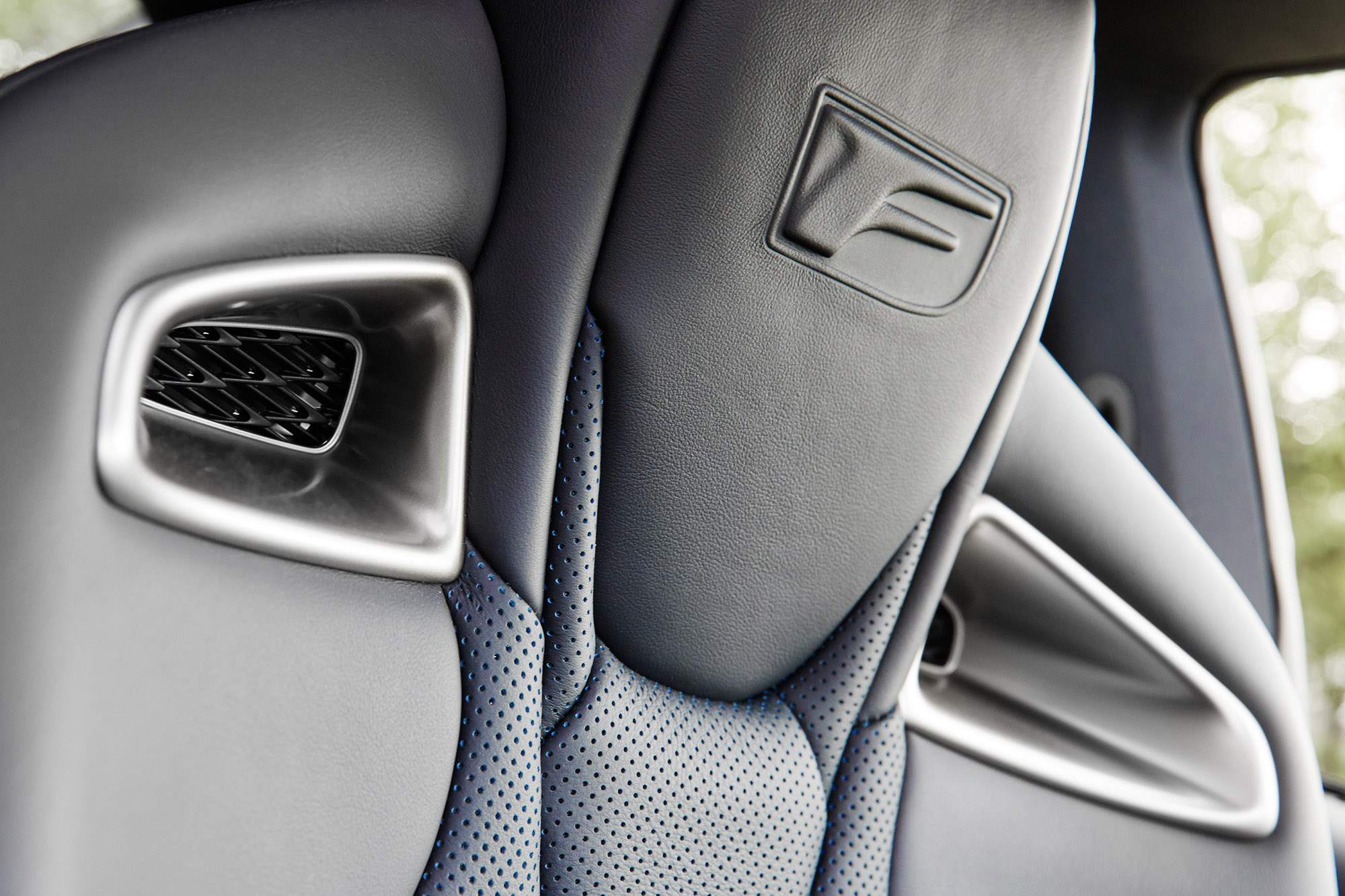 SPUISERS automotive Lexus RCF stadspark sittard
