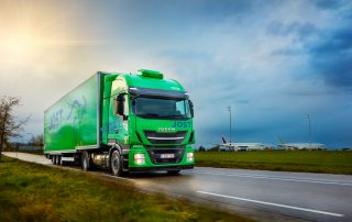 Spuisers fotografie LNG Iveco vrachtauto Jost MAA airport